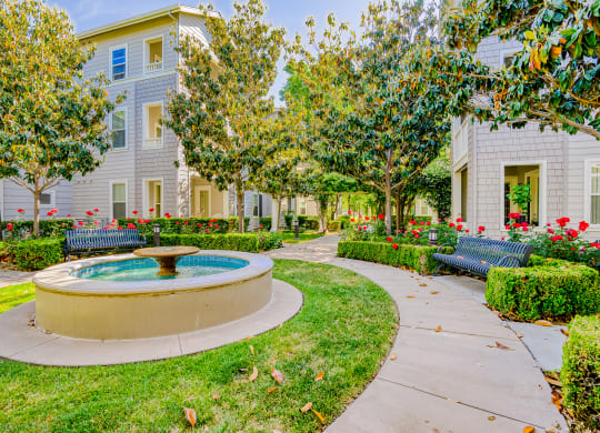 Lush landscaped grounds at The Kensington by Windsor