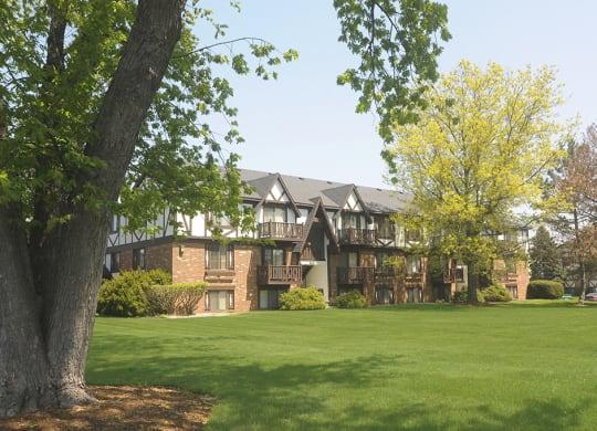Park Like Community at Briarwood Apartments, Benton Harbor, MI