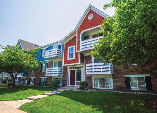 Green Views at Apple Ridge Apartments, Michigan