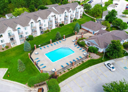 Overhead view of Outdoor Pool and Sundeck at Brentwood Park Apartments in La Vista, NE