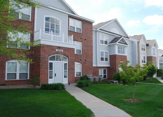 Sophisticated Apartment Living at Brentwood Park Apartments, La Vista, NE, 68128