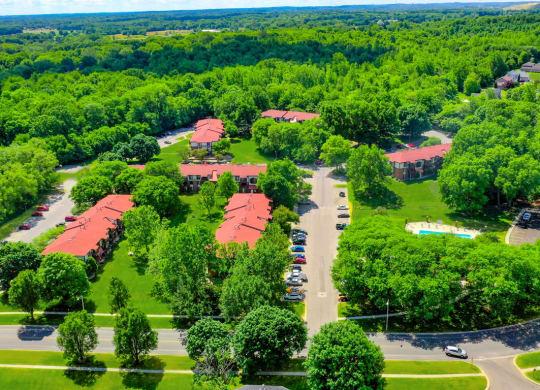 Lush Green Surroundings at Old Farm Apartments, Elkhart, 46517