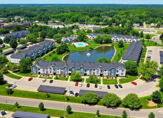 Pond View at Pine Knoll Apartments, Battle Creek, MI