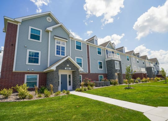 Spacious Apartment Homes Available at Stoney Pointe Apartment Homes, Wichita