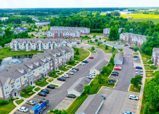 Aerial View of Community at Trillium Pointe Apartment Homes, Jackson, 49201