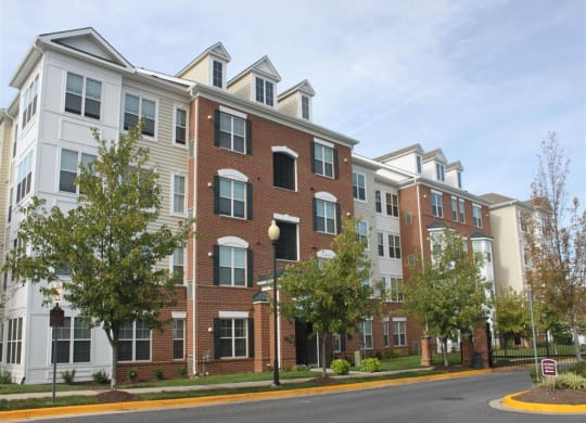 Your Home Base. Your Own Place. MetroPlace 4300 Telfair Boulevard, Camp Springs MD 20746