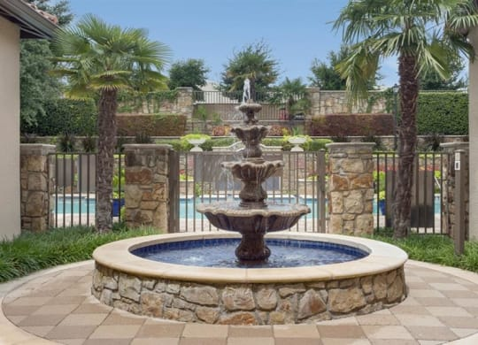 Fountain View at Estancia Townhomes, Dallas, TX