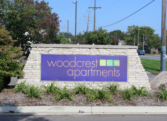 Woodcrest sign