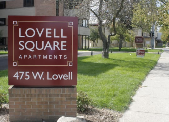 Lovell Square sign