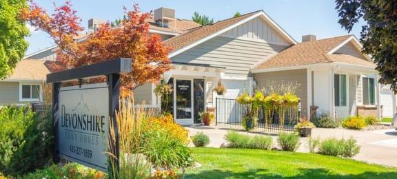 Courtyard Garden Space at Devonshire Court Apartments & Townhomes, North Logan, UT, 84341