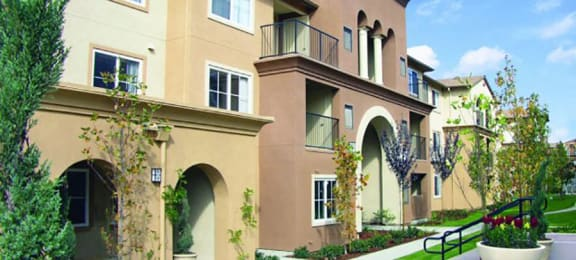 exterior of the building  at Muirlands at Windemere in San Ramon, CA