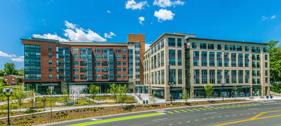 Elegant Exterior View at Centro Arlington, Virginia, 22204