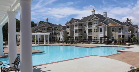 Swimming Pool at Fenwyck Manor Apartments, Chesapeake, 23320