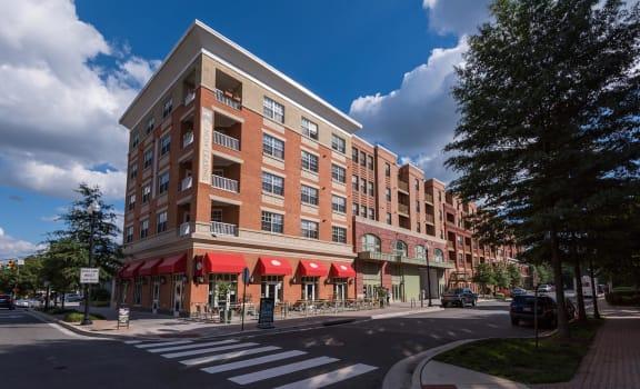Apartment Exterior at Garfield Park, Arlington, VA, 22201