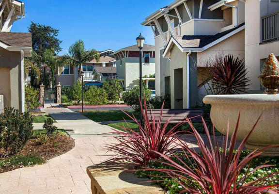 Walking trails, at Ralston Courtyard Apartments, Ventura, 93003