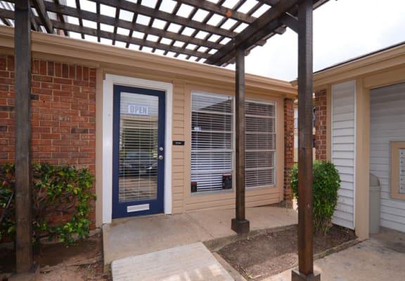 Trinity Park Apartments exterior entry way