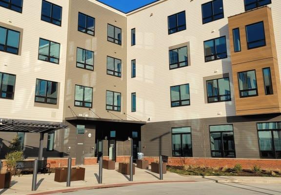 Apartment building exterior-Beecher Terrace I, Louisville, KY