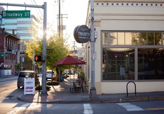 Vancouver, Washington Restaurant Exterior and Street Corner