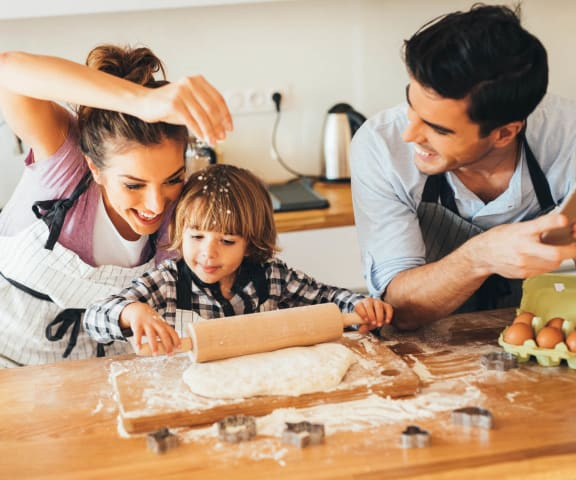 stock image- Family in kitchen