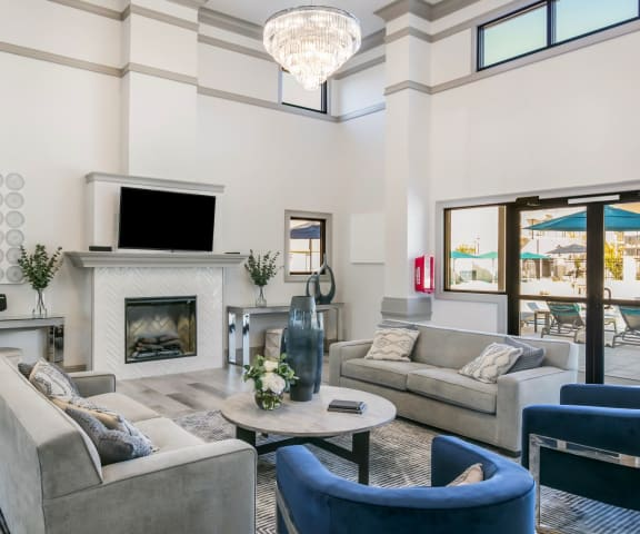 Grand Clubhouse Living Room at Parkwest Apartment Homes, Hattiesburg