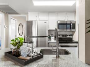Solas Glendale Kitchen Stainless Steel Appliances