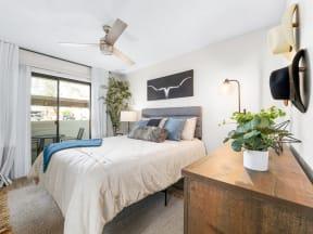 Solas Glendale Model Bedroom