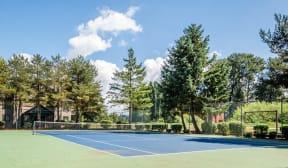Kent Apartments - Signature Pointe Apartment Homes - Tennis Court