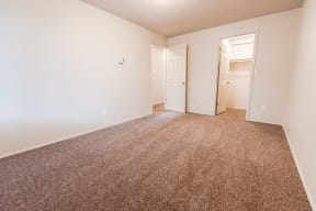 Lakewood Apartments - Bellmary Park Apartments - Bedroom 2