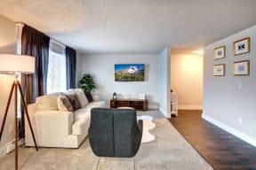 Lakewood Apartments - MOD 83 Apartments - Living Room 4