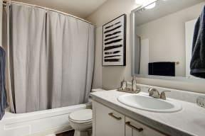 Lakewood Apartments - MOD 83 Apartments - Bathroom