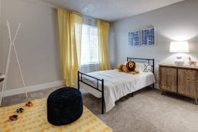 Lakewood Apartments - MOD 83 Apartments - Bedroom 3