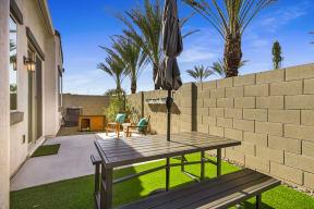 Backyard Garden With Sitting at Avilla Gateway, Arizona