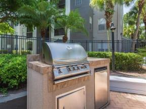 Granite at Porpoise Bay Apartments Daytona Beach outdoor kitchen