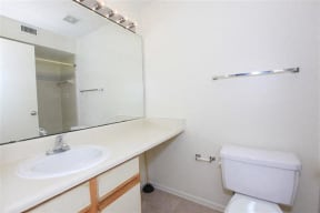 granite at porpoise bay apartments daytona beach sandstone bathroom