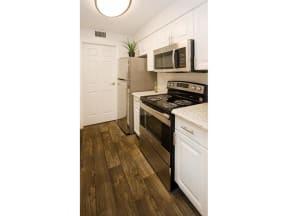 granite at porpoise bay apartments daytona kitchen appliances