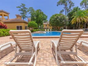 lake forest apartments daytona pool chairs