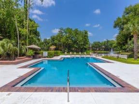lake forest apartments daytona pool