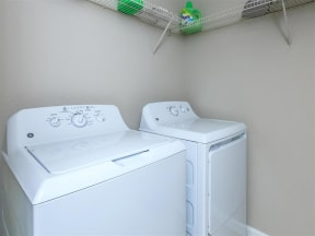 floorplan 2C model unit laundry closet