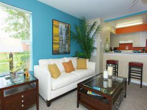 vero green apartments model home