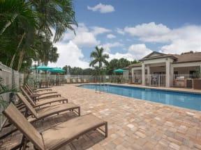 vero green apartments pool deck