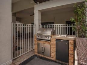 vero green outdoor kitchen area