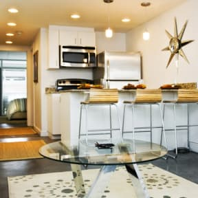 Fitted Kitchen With Island Dining at The Palms on Main, Columbia