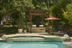 Poolside patio with grills| Museo