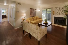 Living room    Great Hills