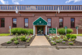 Entrance to leasing center  | Bigelow Commons
