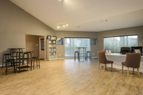 Leasing center   Candlewood