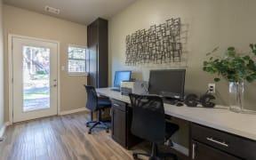 Business center  | Canyon Creek