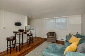 Modern Living Room| Cliffside