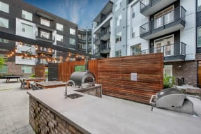 Outdoor courtyard with grills   Glenn Perimeter