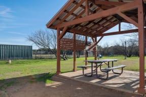 Picnic area | Park at Monterey Oaks
